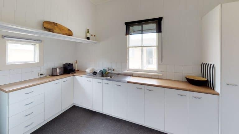 28-Fuller-St-Kitchen