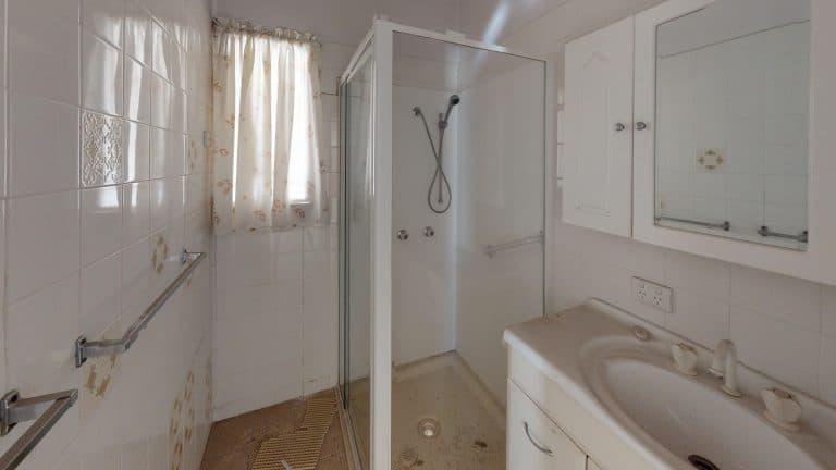 47-Bathroom (wecompress.com)