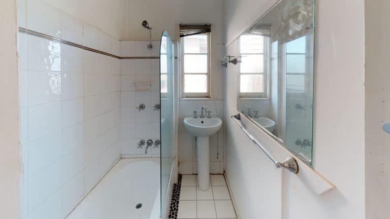 House-12-Bathroom