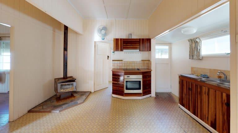 House-15-Living-Room (wecompress.com)