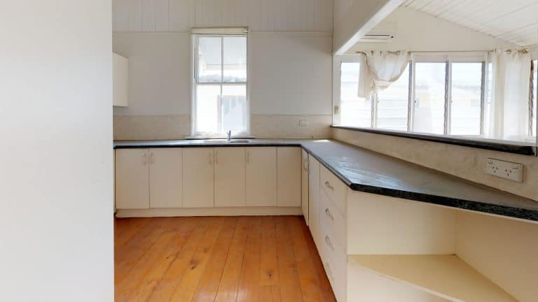 House-20-Kitchen (wecompress.com)