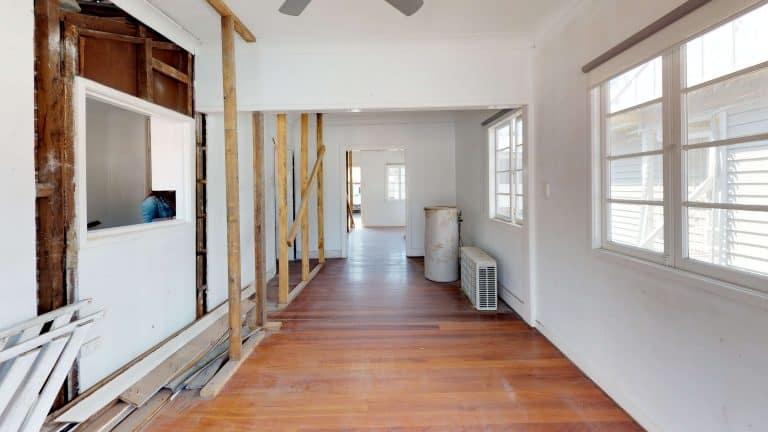 House-37-Corridor (1)