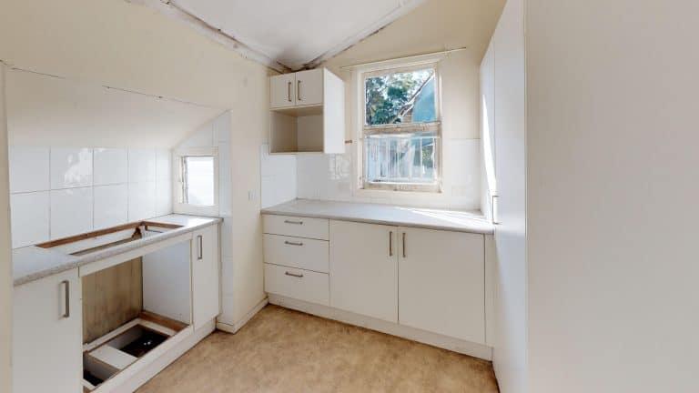 House-8-Kitchen (wecompress.com)