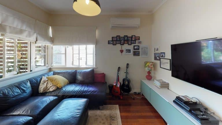 SCARLETT-Living-Room