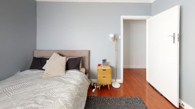 Jordana-Bedroom