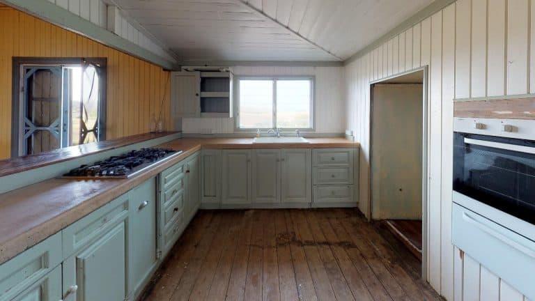 SIR-WILLIAM-Kitchen(1)