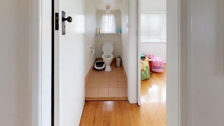 Effingham-Bathroom(1)