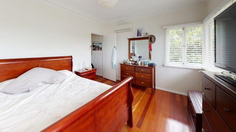 Effingham-Bedroom