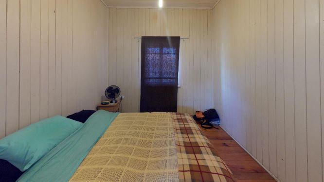 Cooroy-Bedroom(2)