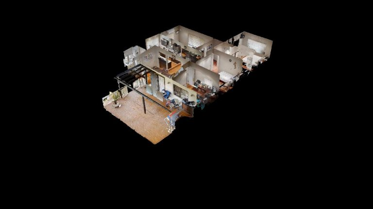 Esta-Dollhouse-View