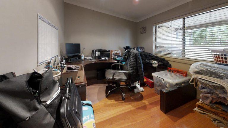 Esta-Office