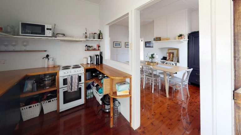 Hazel-Kitchen