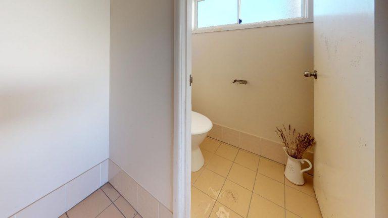 Jemima-Bathroom(1)